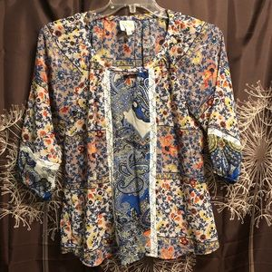 FIG AND FLOWER | Boho Floral Lace Tunic Top size S